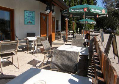 Restaurant Zum Schinakl - Gastgarten vor Lokal
