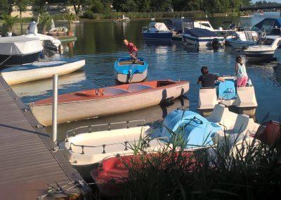 Restaurant Zum Schinakl - Mietboote Auzinger Boote