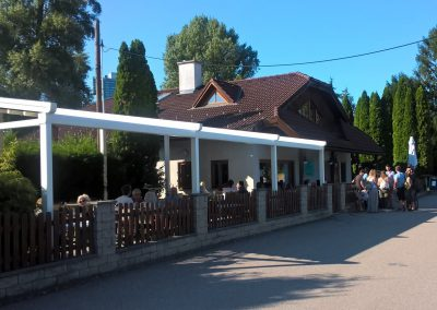 Restaurant Zum Schinakl - Gastgarten Terrasse mit Pergola